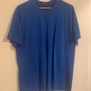 Lululemon men's brand new blue XL shirt